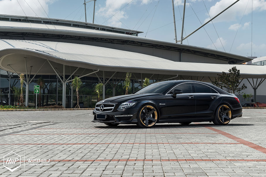 Supercoupe // RENNtech CLS63 AMG on Rotiform