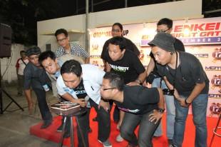 motormp-08 (GENESIS Media Partner Introduction // Majalah MOTOR)